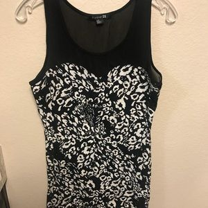 LARGE Forever 21 black and white dress
